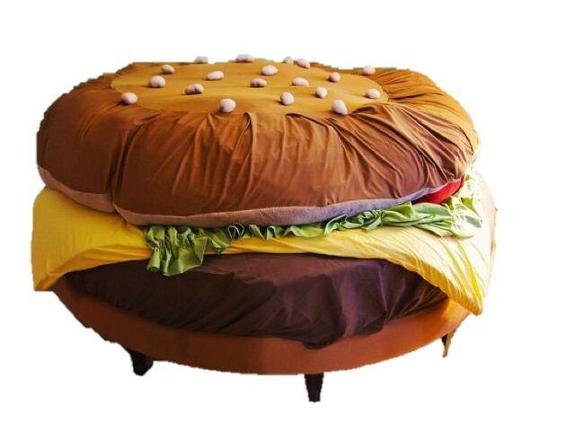 File:Burger Bed.jpg