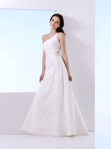 File:Aline-wedding-dresses-LH8.jpg