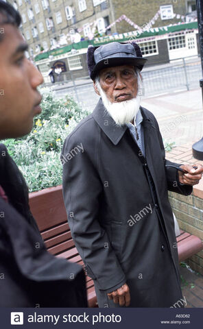 File:Elderly-bangladeshi-man-speaks-with-a-tower-hamlets-street-warden-A63D62.jpg