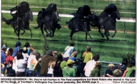 File:Nazgul Down the Home Straight.jpg