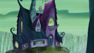 S1e19b The Glooms' Exterior