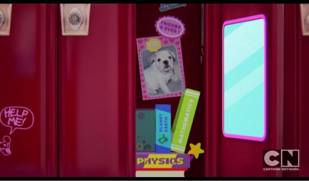 Berkas:Inside Anais' Locker.jpg