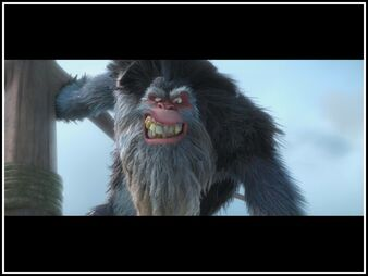 1000px-Captain-gutt-peter-dinklage-in-ice-age-continental