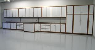 File:The eve's garage.jpeg