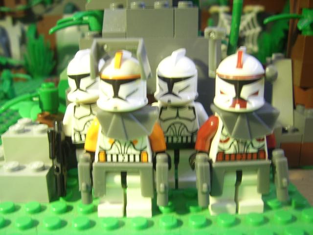 File:Clone Troopers.JPG