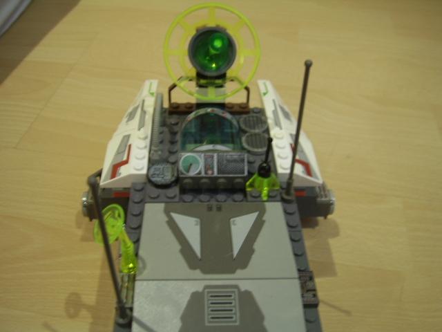 File:The Grey Bug - Roof 1.JPG