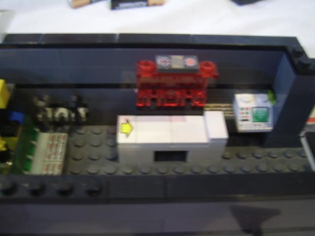 File:The Grey Bug - Inside P1.JPG