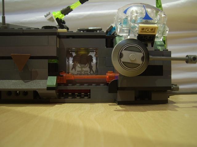 File:The Grey Bug - Cockpit Side Left.JPG