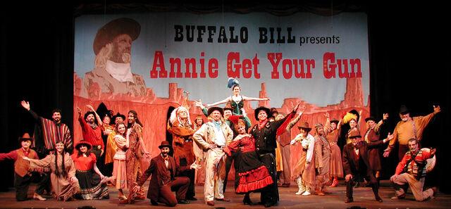 File:Annie Get Your Gun2 2005.JPG