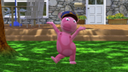 The Backyardigans Catch that Train! 1 Uniqua