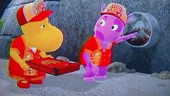 The Backyardigans Chichen-Itza Pizza Uniqua and Tasha