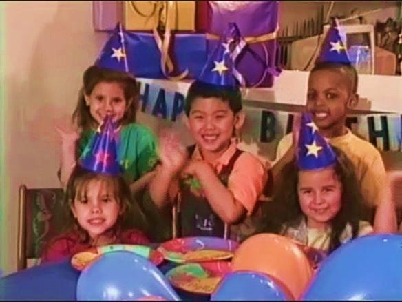 File:Kids wish Mailbox a Happy Birthday.jpg