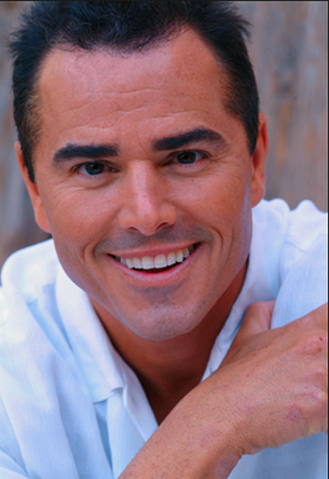 File:Christopher Knight.png