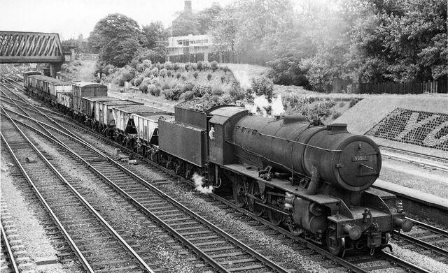 File:York 3 Holgate railway geograph-2147758.jpg