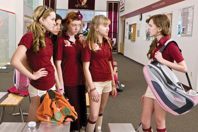 File:The-clique-girls-the-clique-movie-8869380-900-600.jpg