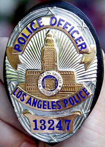 File:LAPDSeries6Badge.jpeg