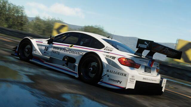 File:BMW M4 CIRCUIT.jpg