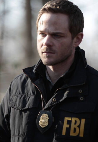 File:The Following 1x13-6.jpg