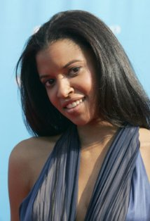 File:Renee Goldsberry.jpg