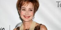 Annie Potts/Gallery