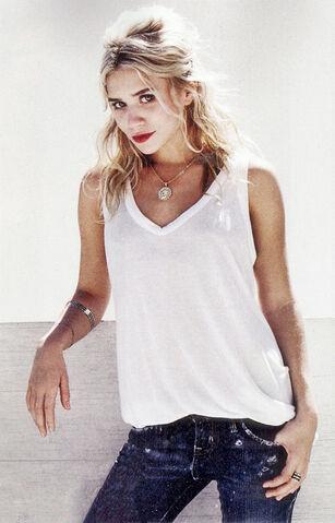 File:Ashley Olsen3.jpg