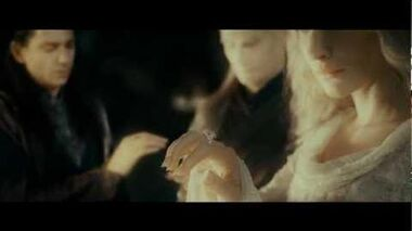 LOTR The Fellowship of the Ring - Extended Edition - The Prologue One Ring to Rule Them All..