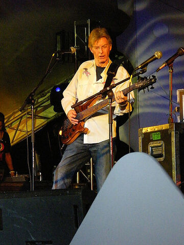 File:450px-Phil Lesh at Yuri's NIGHT OUT 2008.jpg