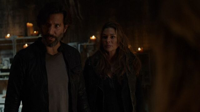 File:The100 S4 Echoes Marcus Abby 5.jpg