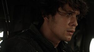 The100 S3 Wanheda Part 1 Bellamy 4