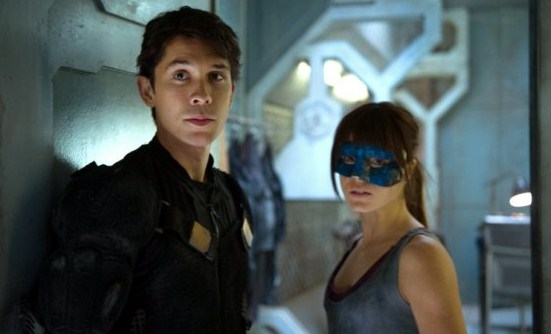 File:The 100 1x06 Bellamy and Octavia.jpg