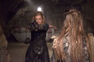 The-100-Blood-Must-Have-Blood-Part-Two-Season-2-Episode-16-01-550x367