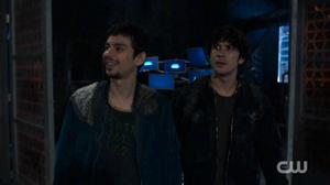 The-100-season-4-episode-8-Jasper-Bellamy
