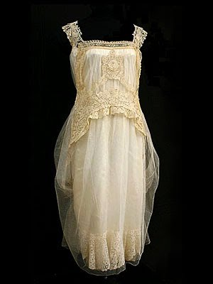 File:Cecelia's Interview Gown.jpg
