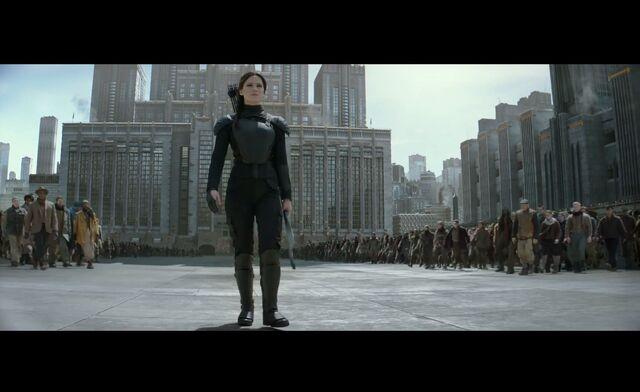 File:Katniss in her Mockingjay Suit.jpeg