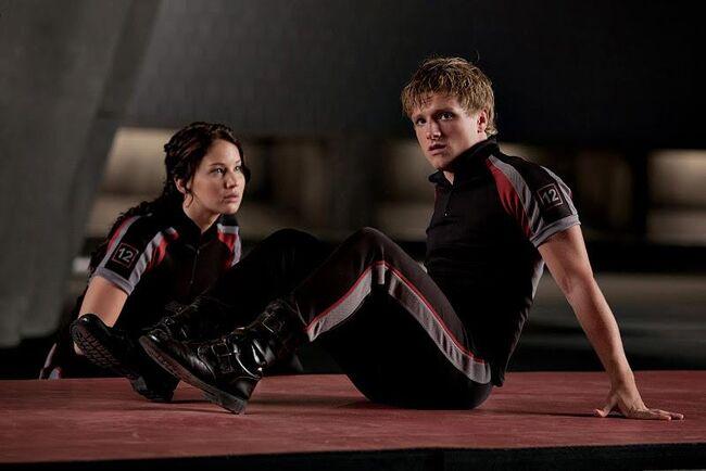 Peeta & Katinss in training center