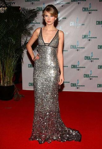 File:Kayleen's dress.jpg
