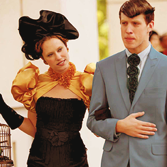File:Capitol-Couture-the-hunger-games-28931434-245-245.png