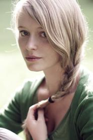 File:185px-Blonde-tumblr-girl-with-blue-eyes-braid-mjiqbnvr.jpg