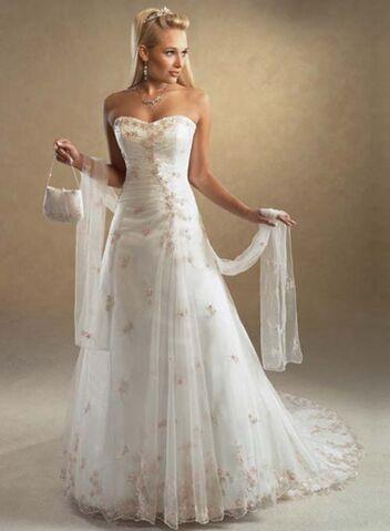 File:White-strapless-prom-dresses-2012-o2.jpg