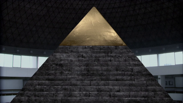 File:Great Pyramid replica.png