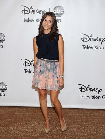 File:Alexandra+Chando+Disney+ABC+Television+Group+uPg-C7mbeiFl.jpg