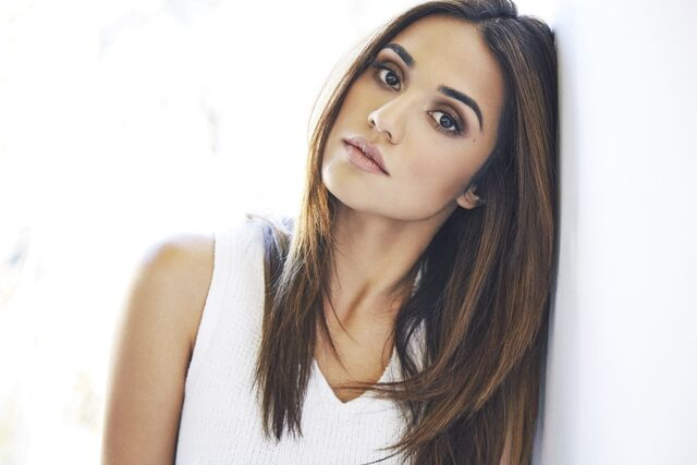 File:Summer Bishil.jpg