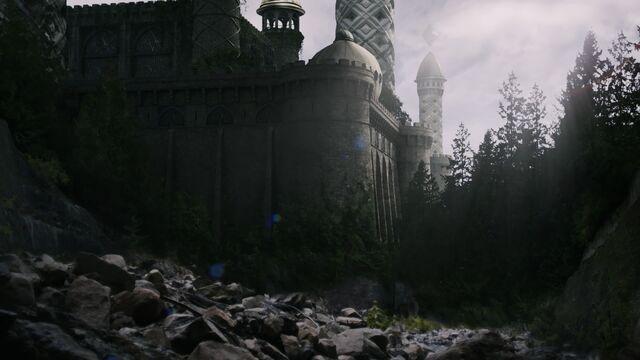 File:Castle whitespire outside day.jpg