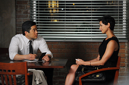 File:THE-MENTALIST-Every-Rose-Has-Its-Thorn-Season-3-Episode-19-5.jpg