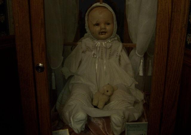 File:Original non edited Mandy Doll by gaarasracoon.jpg