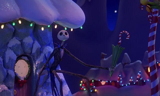 File:Nightmare-christmas-disneyscreencaps.com-1752.jpg
