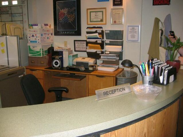 File:ReceptionDesk.jpg