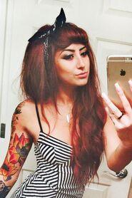 Allison-green-hair-6-500x750
