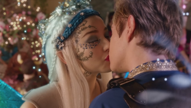 File:Tristral First Kiss.png