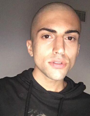 File:MitchGrassi Bald.jpg